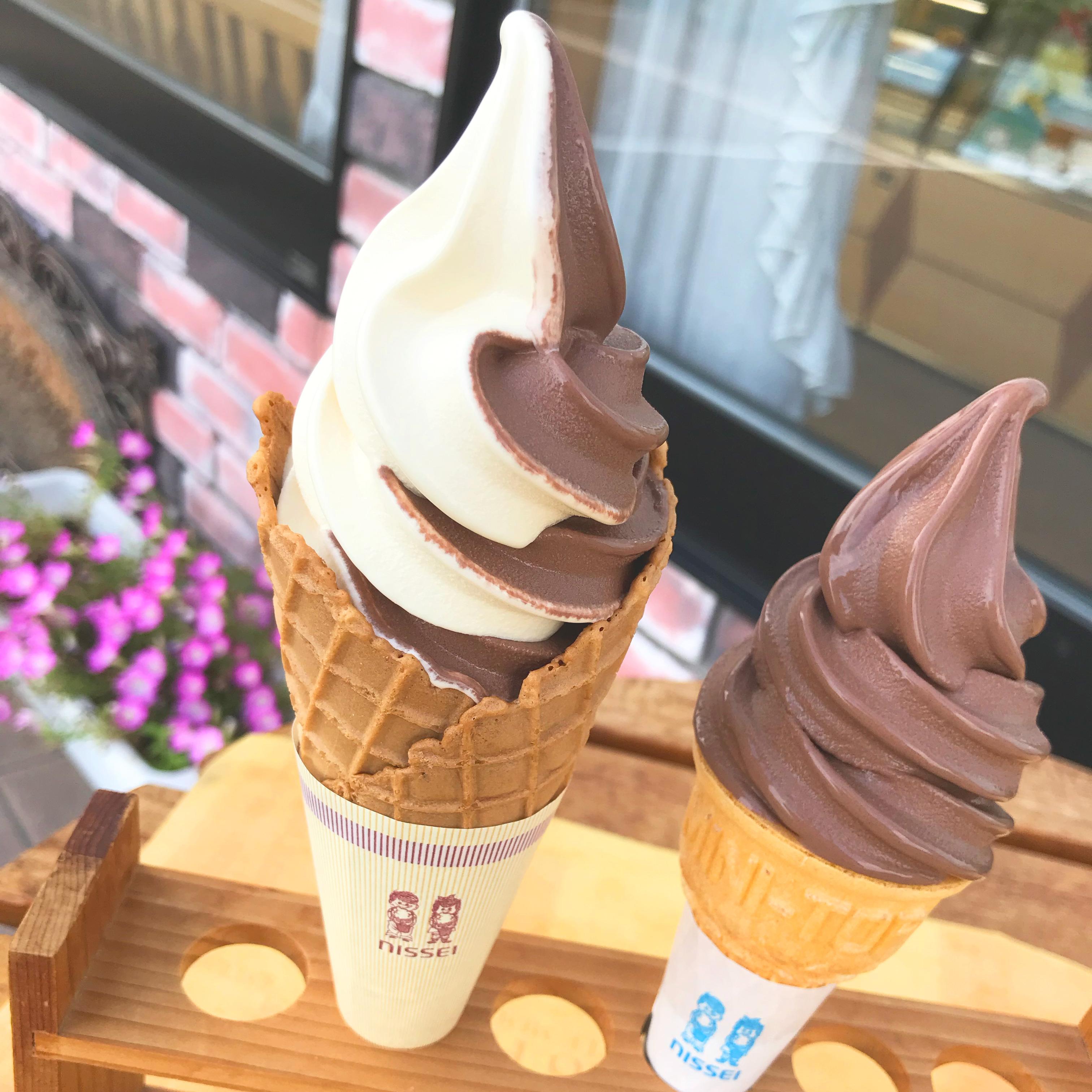 ソフトクリーム(ワッフルコーン)